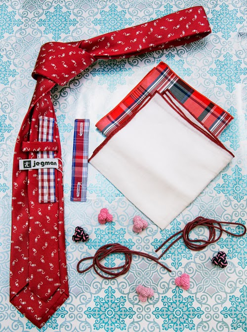 Holiday Gift Guide_Red
